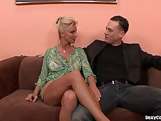 Horny MILF Cant Get Enough Dick